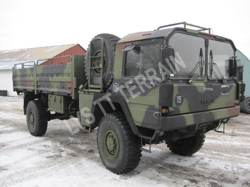man kat 1 camion plateau vente camion militaire occasion nord pas de calais. Black Bedroom Furniture Sets. Home Design Ideas