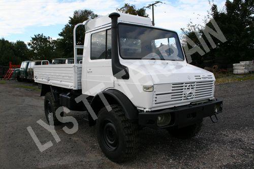 unimog 435 mercedes camion plateau vente camion militaire. Black Bedroom Furniture Sets. Home Design Ideas